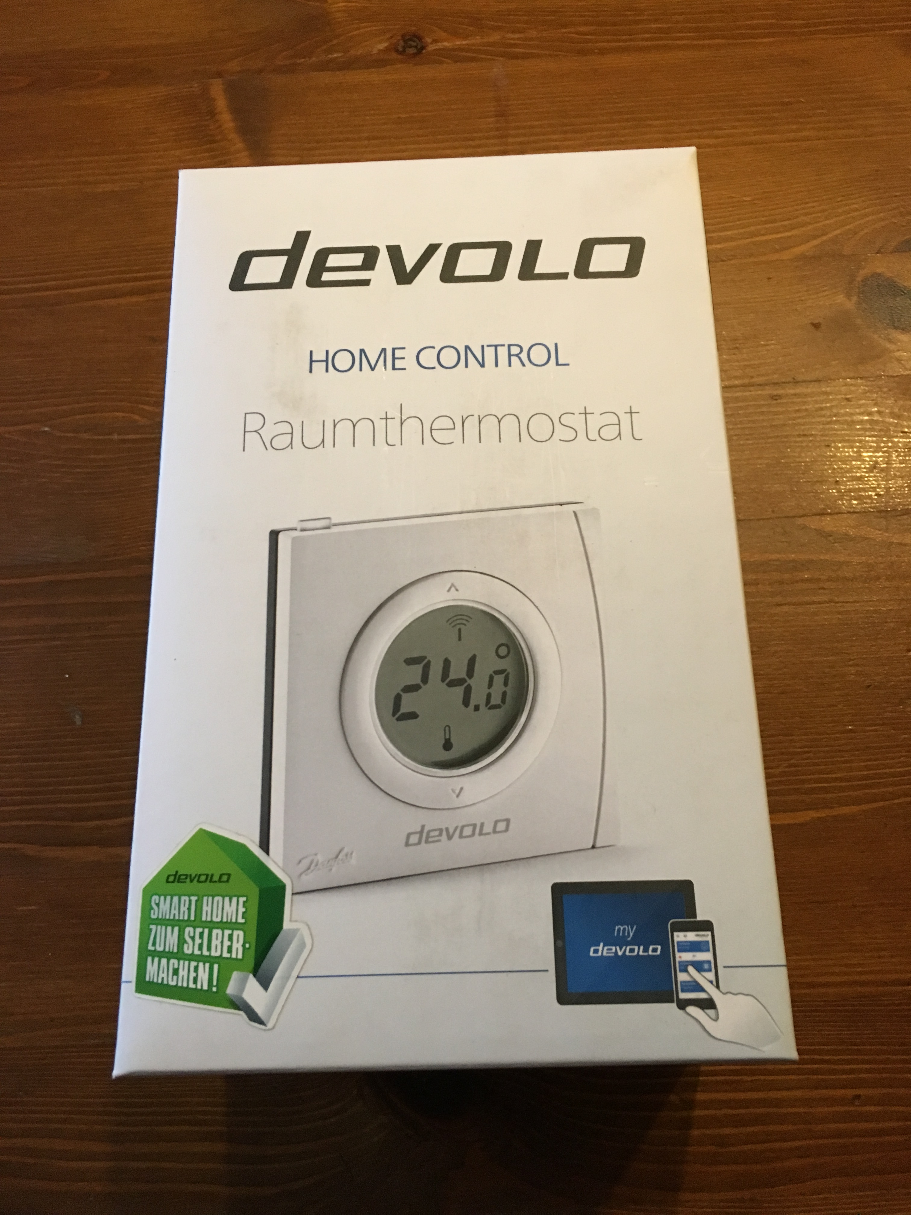 devolo home control teil 8 das raumthermostat tecviews. Black Bedroom Furniture Sets. Home Design Ideas